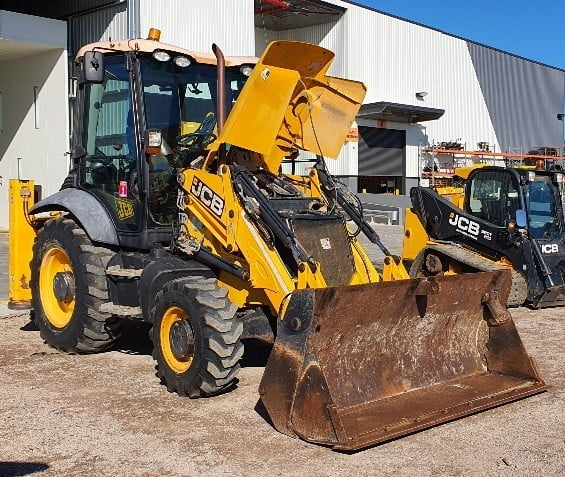 earthmoving tractors 8
